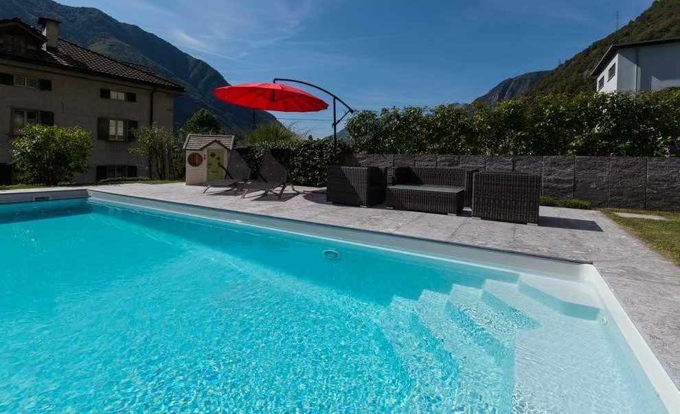 Realizzazione piscine in ticino ecco i nostri lavori for Piscine in offerta