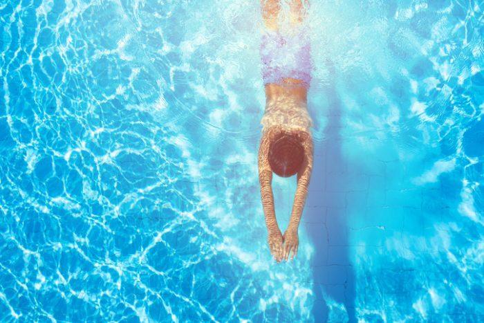 benefici-di-una-piscina
